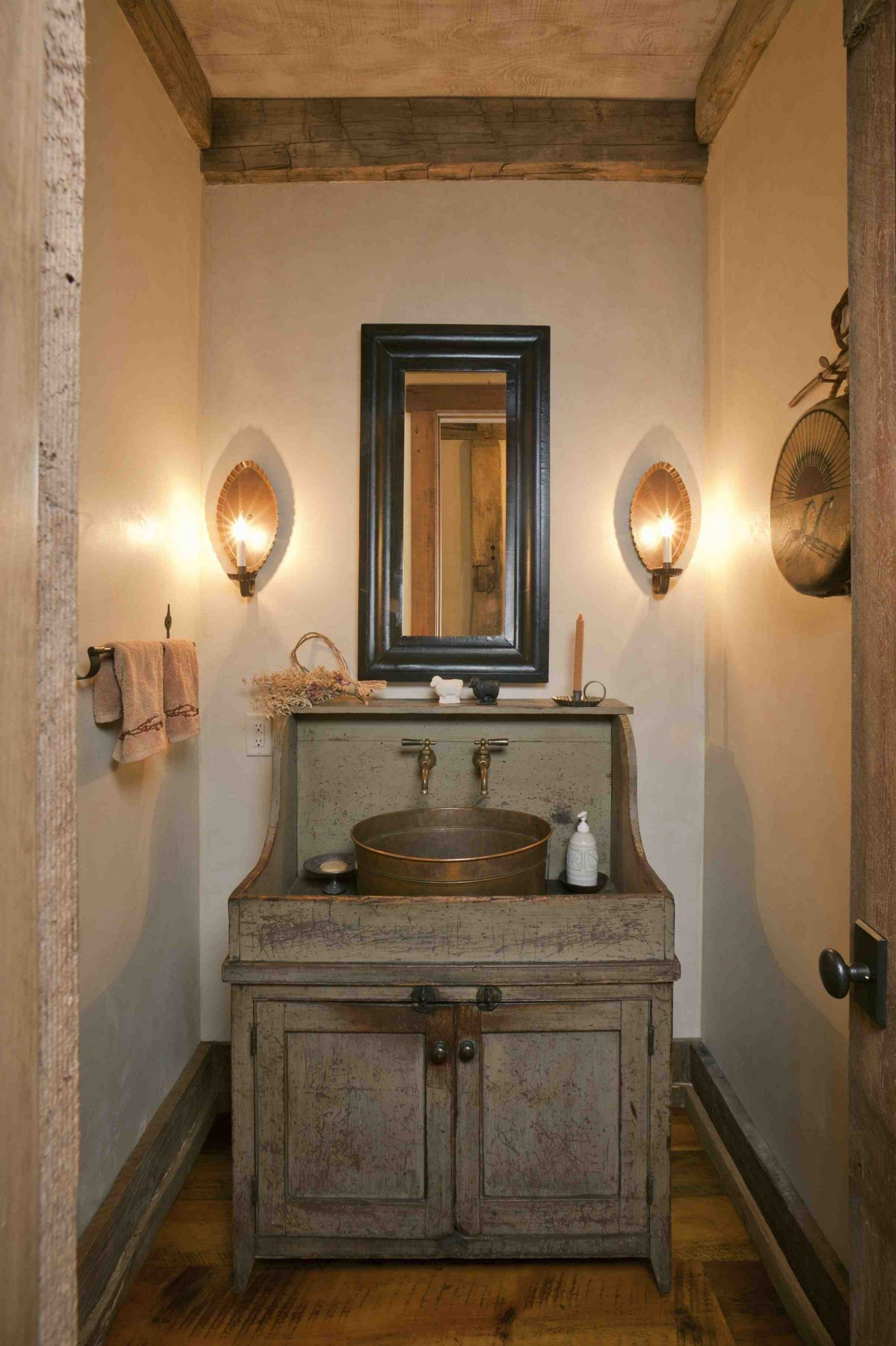 Rustic Bathroom Floor Tile Ideas in 2020   Rustic ...