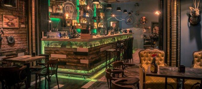 Steampunk Interior Design In Interior With Gorgeous Darkolivegreen Steampunk Interior Design Fantastic Decor Ide Bar Design Idee Deco Bar Bar Restaurant Design