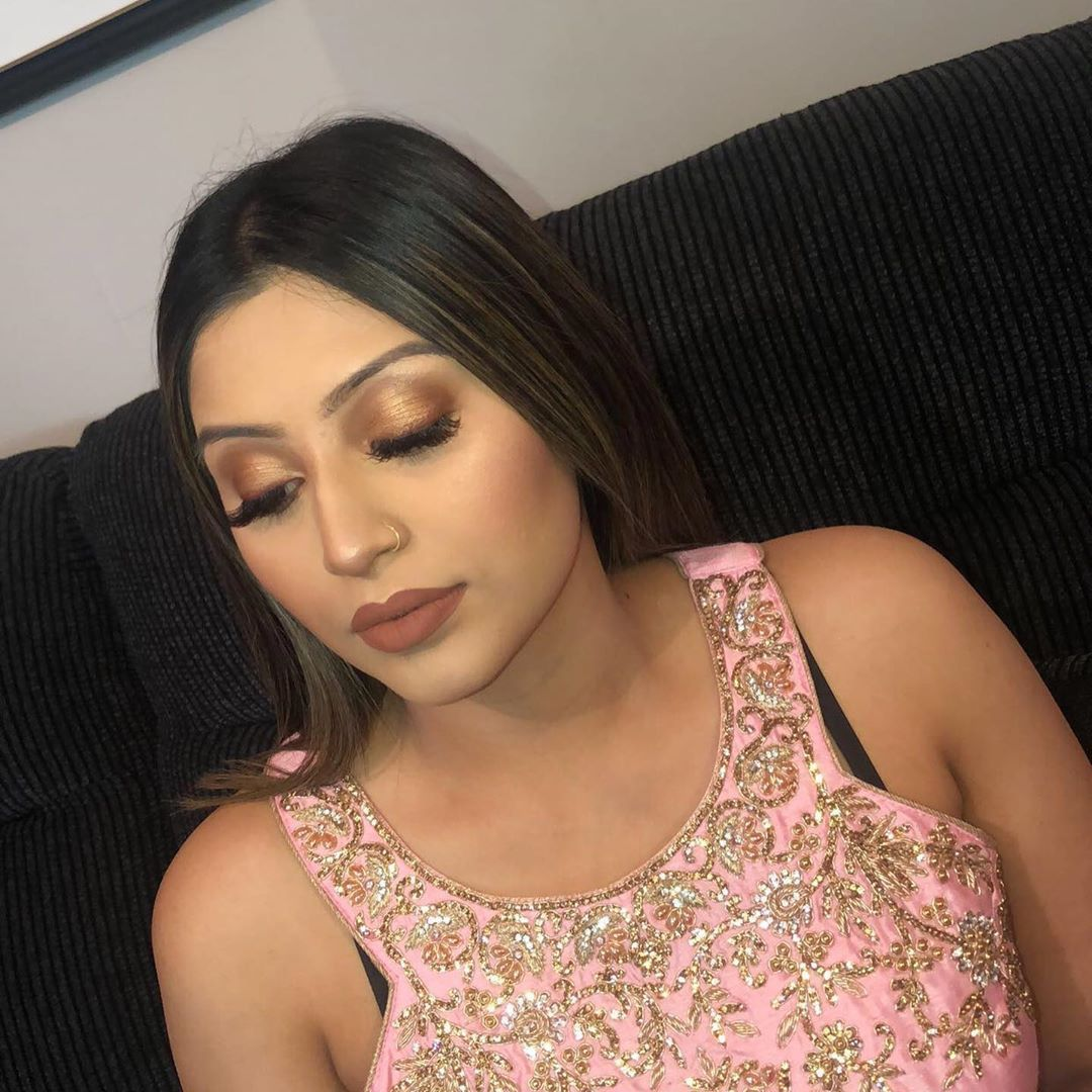 Photo of Bronze eyes and nude lips for stunning Mamta Chohan Mamta Chohan. Loved dolling …,  #Bronze…