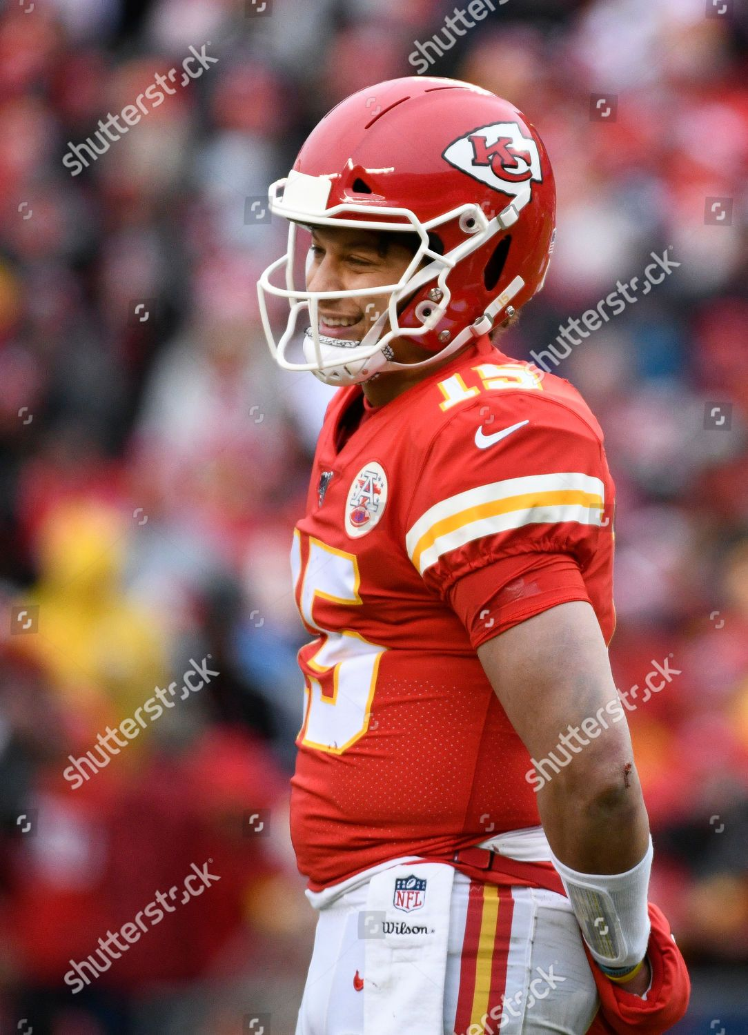 Kansas City Chiefs Quarterback Patrick Mahomes 15 Editorial Is The Perfect High Quality Nfl Superbowl Wallpaper Wit In 2020 Kansas City Chiefs Kansas City Nfl Patriots