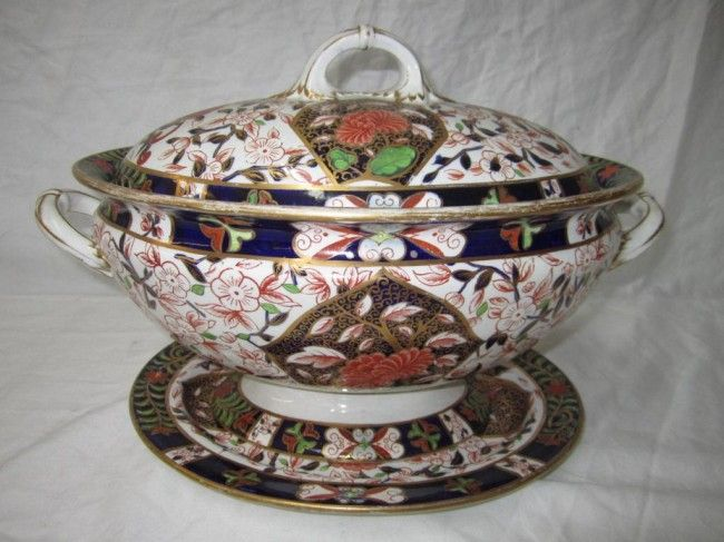 142 Antique Crown Derby Imari Tureen On Imari Derby Royal Crown Derby China Porcelain