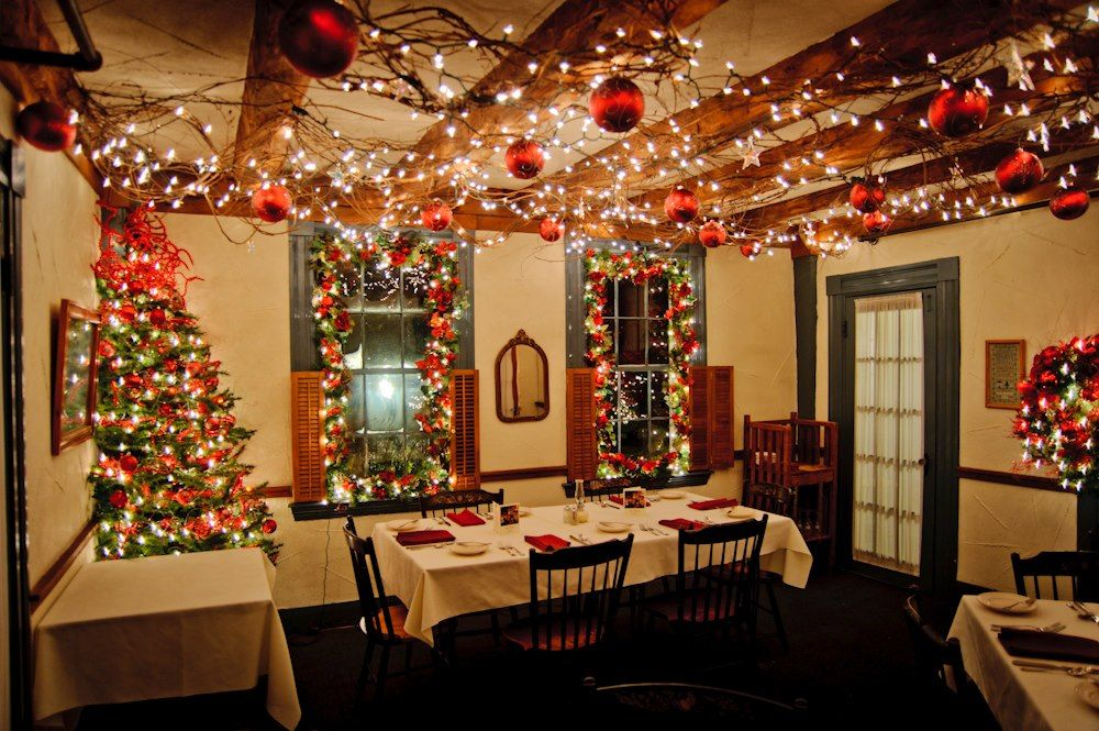 holiday decorations at 1785 inn restaurant in north conway new hampshire courtesy garrett drapala - Restaurant Christmas Decorations