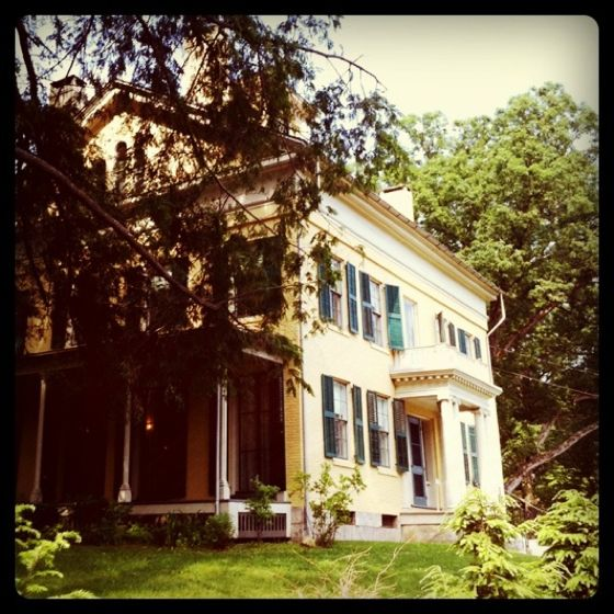 Emily Dickinson S House A Perfect Place For A Recluse S Wedding And Reception