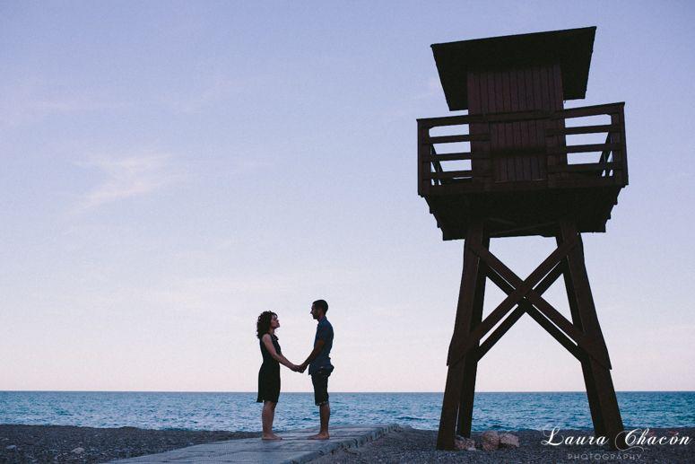 Laura Chacón Photography www.laurachacon.es   love session / sesión de pareja / preboda / engagement / wedding photographer spain / fotografo bodas barcelona / beach engagement / beach session / love / couple / amor /