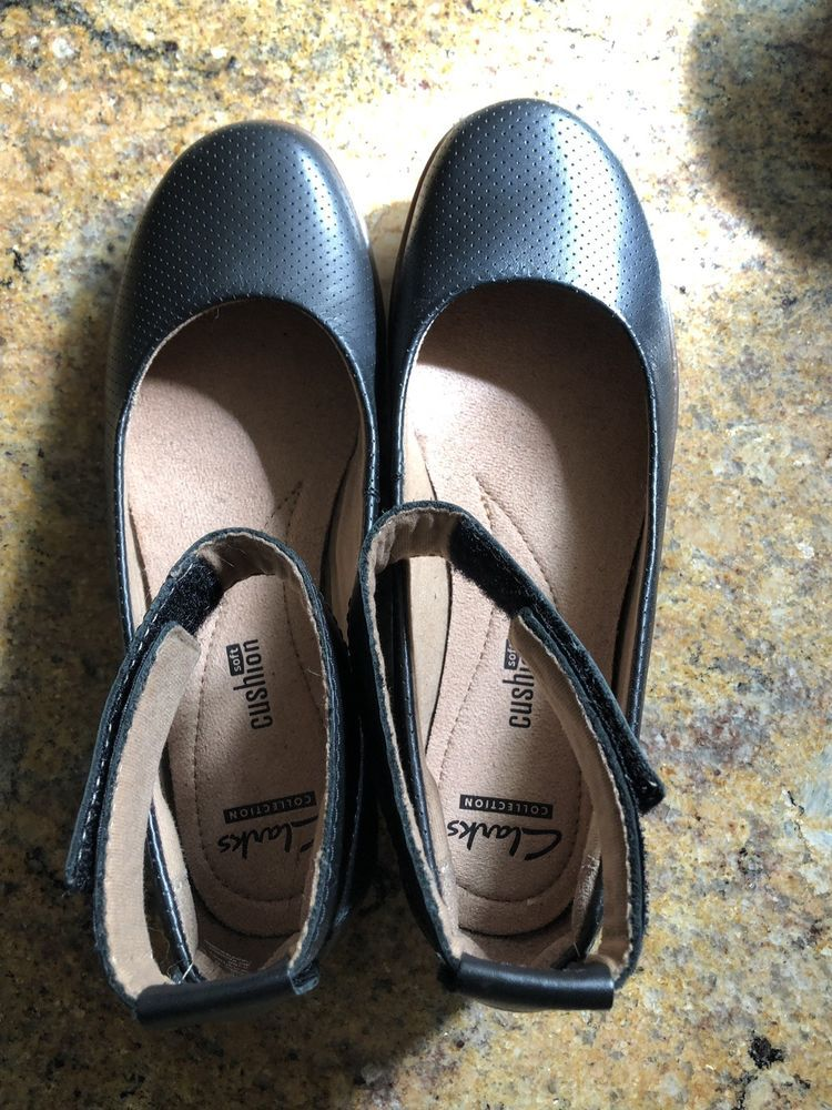 0e1341e9b29b Clarks Medora Nina Black Ankle Strap Flats Womens Size 6M  fashion   clothing  shoes