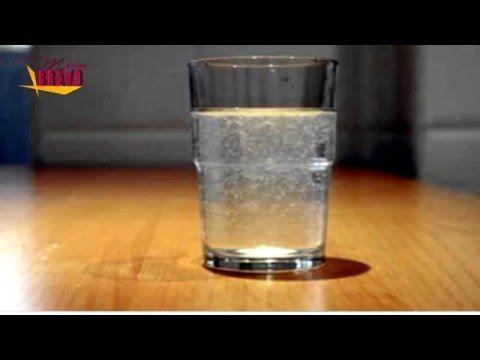 Coloca Un Vaso Con Sal De Grano Vinagre Con Agua En Cualquier