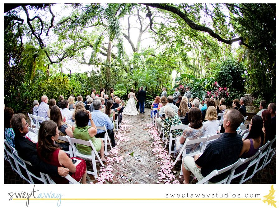 Sunken Gardens Wedding Garden wedding, Outdoor wedding