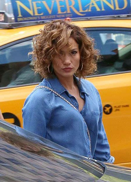 30 Neue Curly Bob Frisuren 2017 2018 Neue Besten Frisur In 2020 Curly Hair Styles Bob Haircut Curly Haircuts For Curly Hair