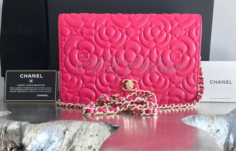 Nwt Chanel Fuchsia Pink Caviar Camellia Flower Classic Quilted Woc