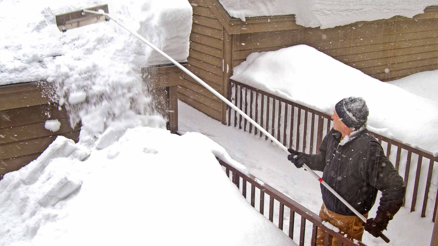 Top 5 Ways To Get Your House Protected From The Freezing Weather Snow Rake Snow Ice Dams