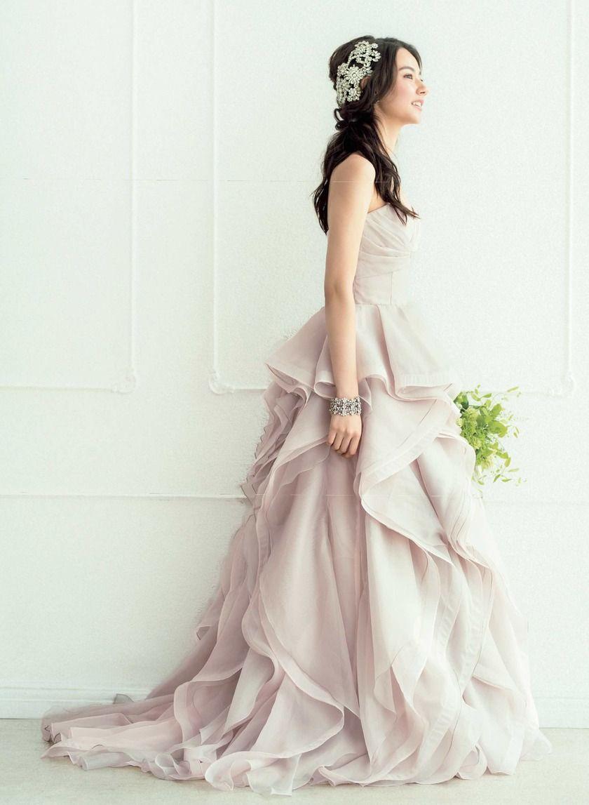 075a97a50c83d お色直しのドレスとして急上昇中!おしゃれ花嫁が選ぶ今どきカラードレス ...