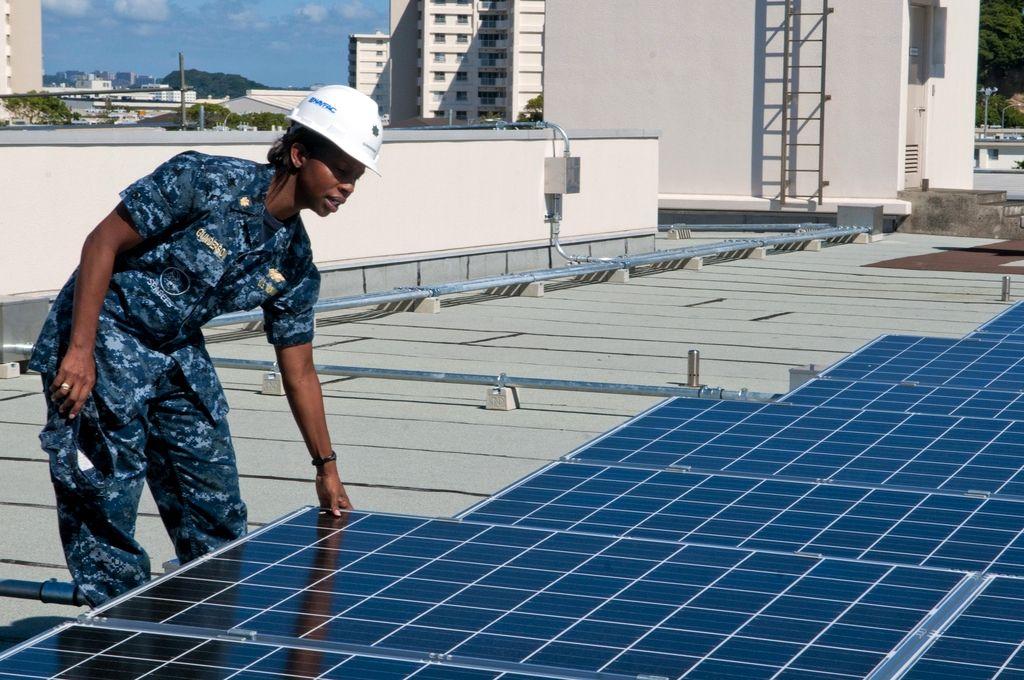 Gundam 00 Solar Energy Deciding To Go Eco Friendly By Converting To Solar Power Is Obviously A Be Renewable Solar Advantages Of Solar Energy Solar Energy Diy