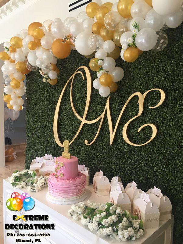 First birthday party decorations irregular balloon arch for Balloon decoration for first birthday