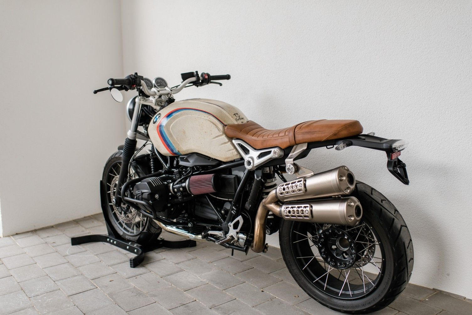 Scrambler Custom Image By Montserrat On Bike Dreams In 2020
