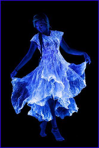 Poppleton Portraits Black Light For The Love Of Dancing - Amazing black light body art photography john poppleton