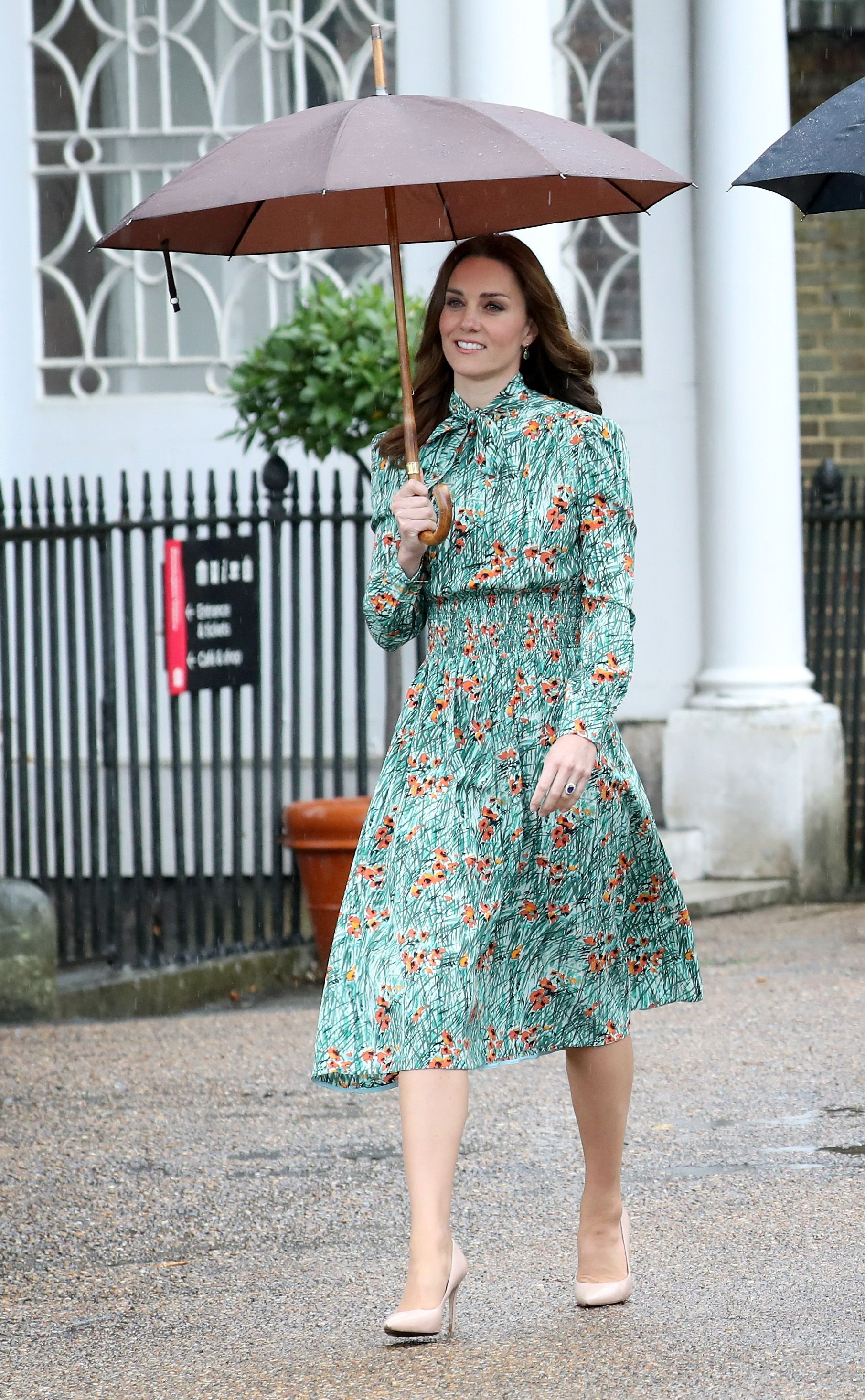 Mira el vestido que eligió Kate Middleton para asistir al homenaje ...