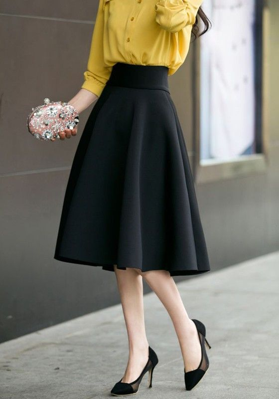 Flared skirts for everyday work and leisure - ChoosMeinStyle #flaredskirt