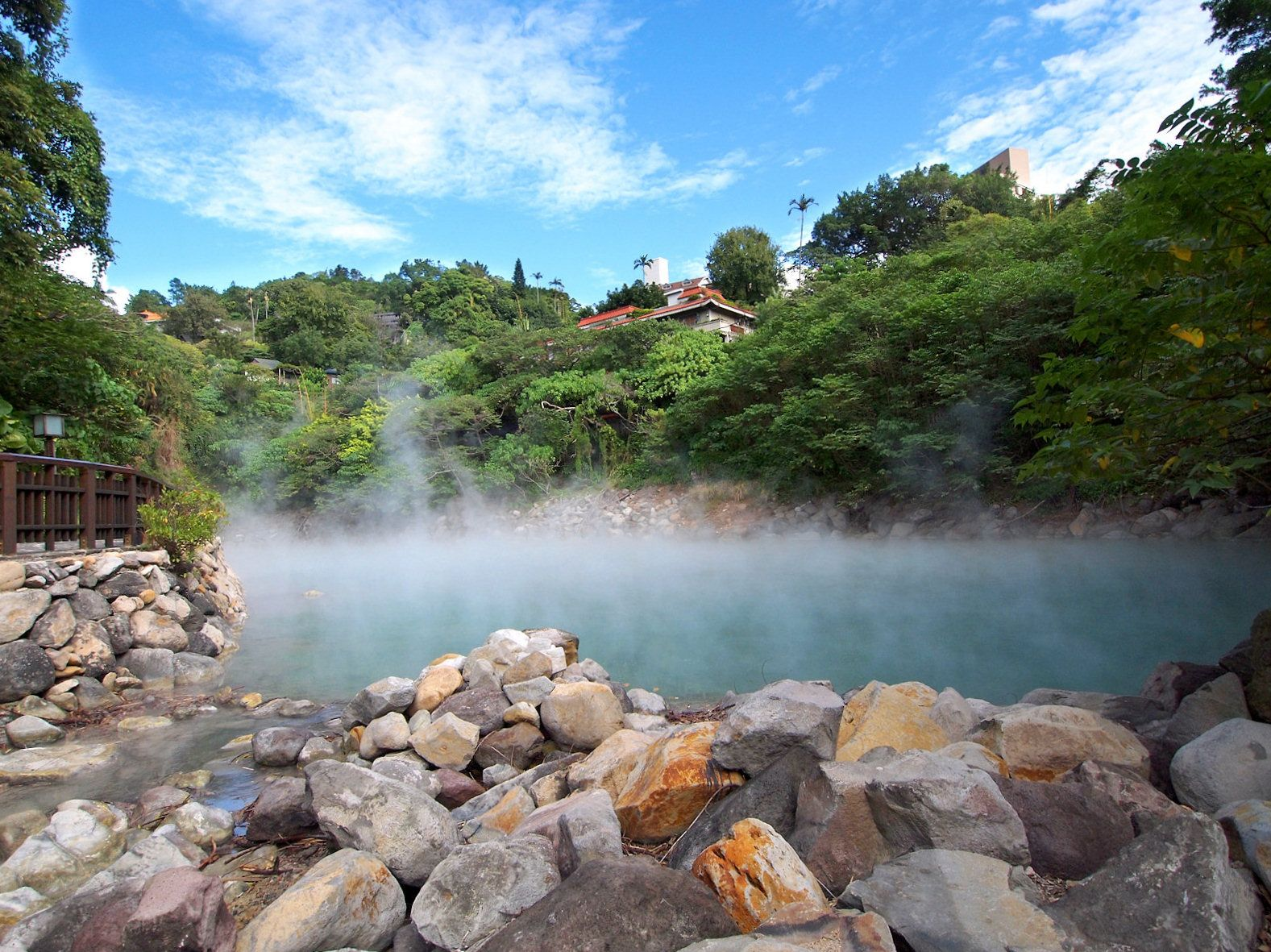 Hot Spring In Beitou S Hell Valley Taiwan Some Of The Natural Pools Here Aly Roached A Near Boiling 90 Degrees Celsius So You Weren T Exactly