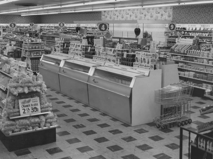 The Hook S Drug Store In The Meadows Shopping Center In 1957