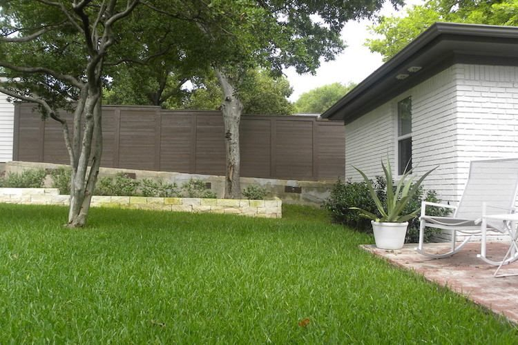 Palissade extérieure u2013 focus sur les avantages des principaux - palissade en pvc jardin