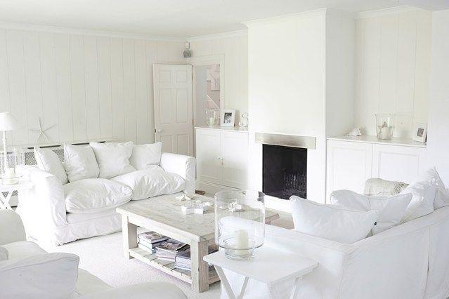 Pin By Alexa Landayan On Dream Home Small Living Rooms White Living Room Decor Small Living Room Decor