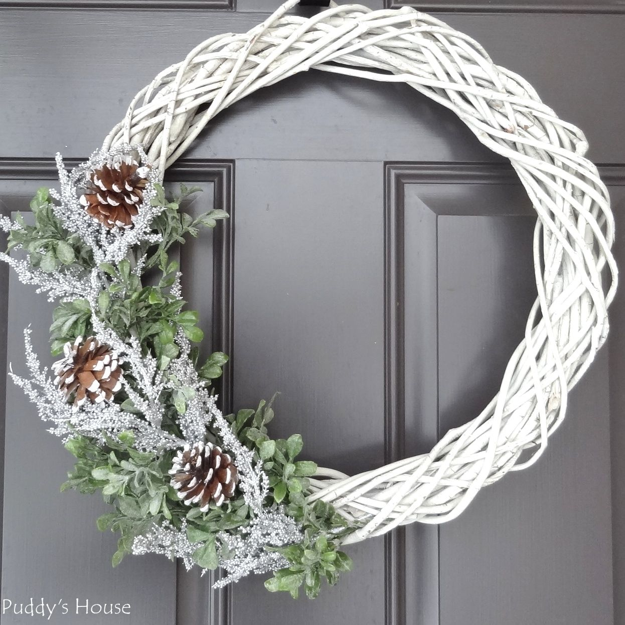 Diy winter wreath puddys house winter wreath diy