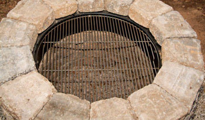 Easy DIY Outdoor Fire Pit Tutorial