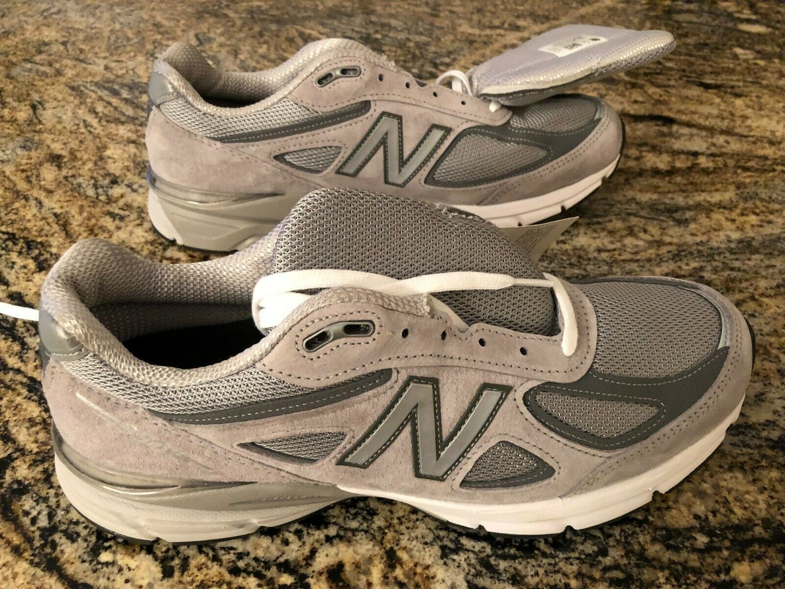 Balance Men S 990v4 Made In Usa Shoes Grey Men S Size 10 5 M990gl4 D Usa Shoes Shoes Running Shoes