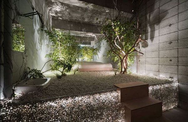 Garden Theme Bedroom Design on