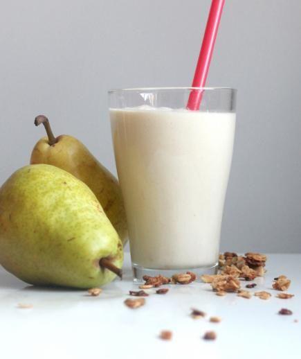 6 Winter Smoothies to Brighten Up Breakfast