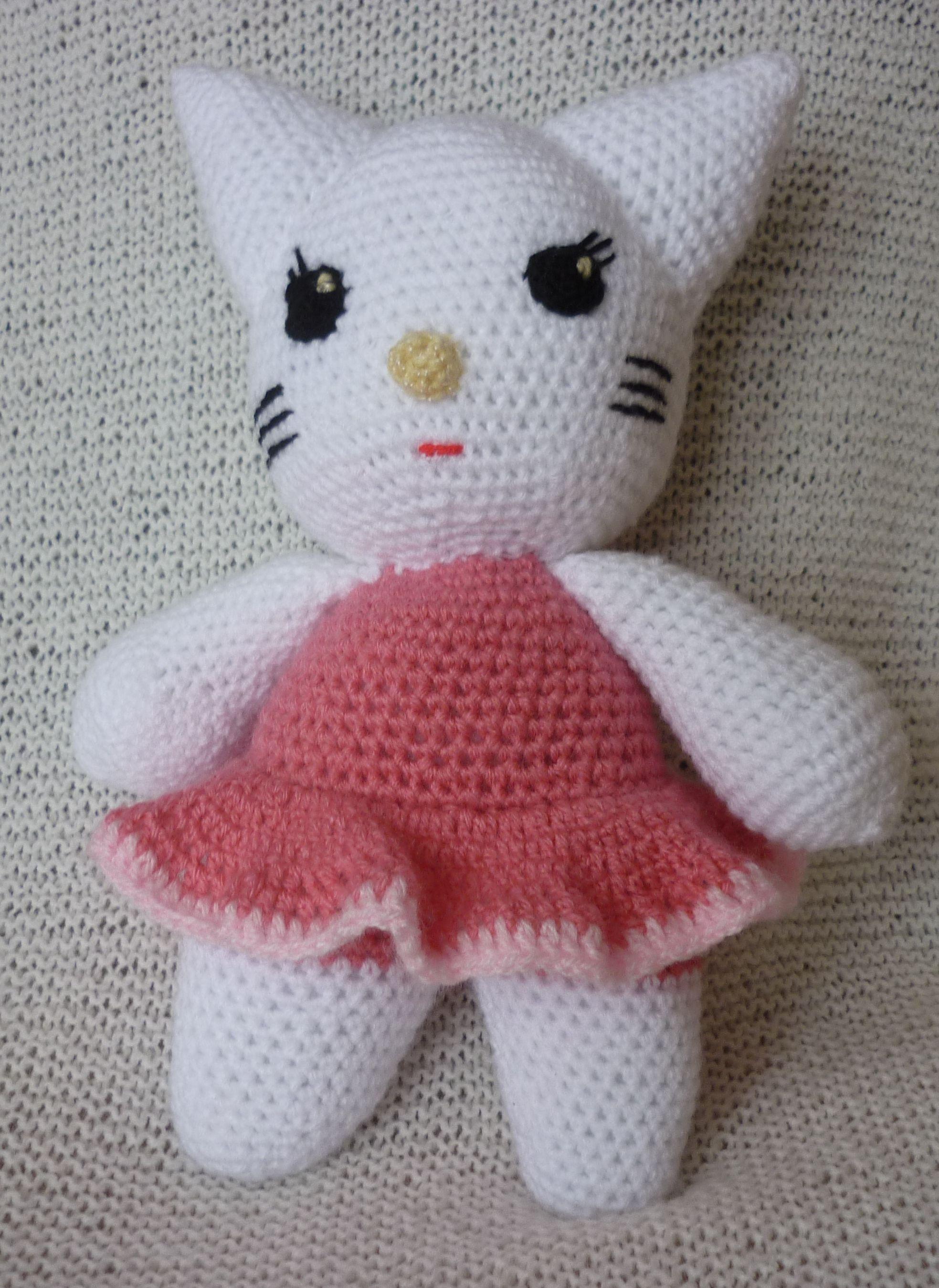 Big Hello Kitty Amigurumi Free Pattern | Πλεκτές κούκλες, Κούκλες ... | 2698x1967