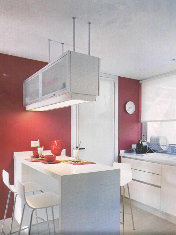 Mueble colgante para separar espacios cocinas for Separacion de muebles cocina comedor