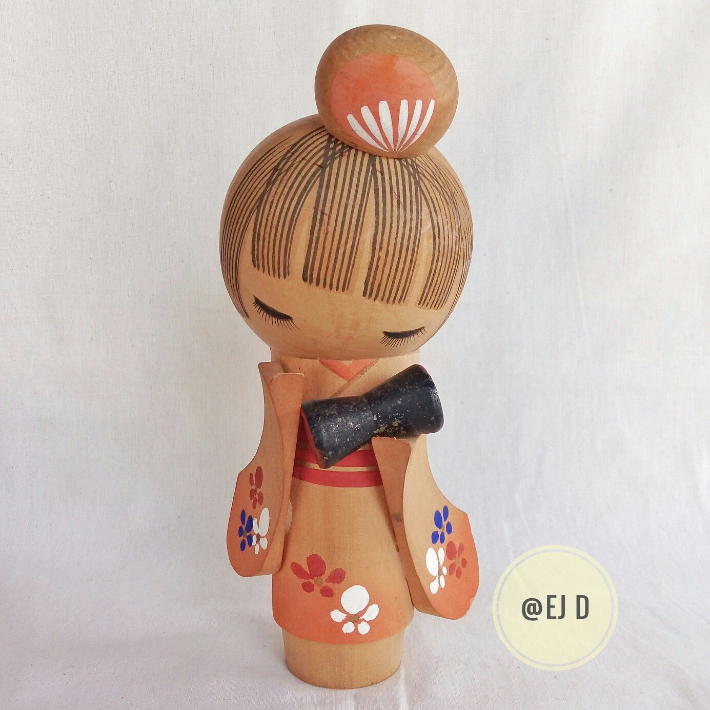"Vintage Wooden Kokeshi Doll 8"""