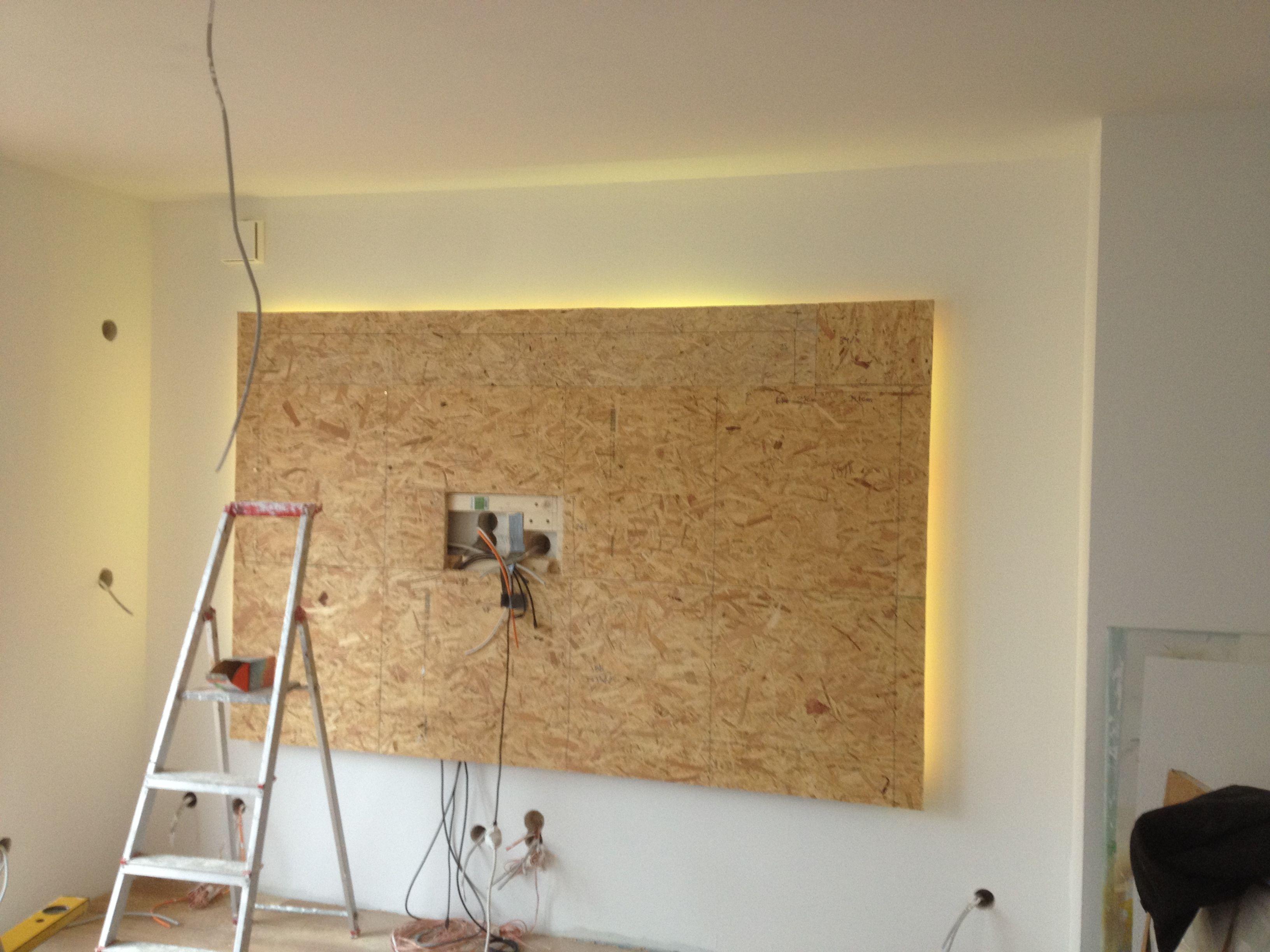 So Kann Man Osb Auch Einen Edleren Charakter Verleihen Indirekte Beleuchtung Wohnzimmer Beleuchtung Wohnzimmer Indirekte Beleuchtung