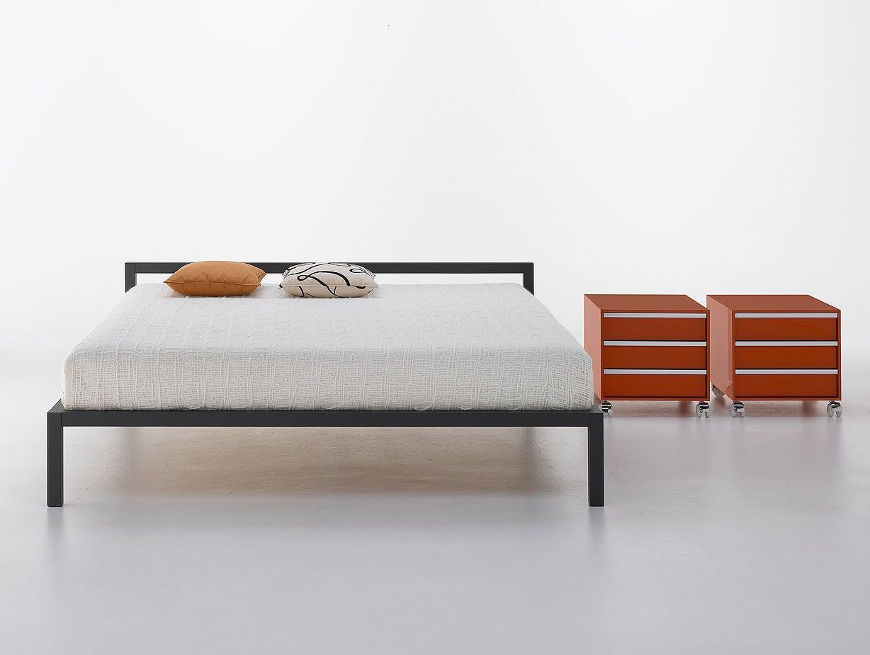 Mdf Italia Lacquered Aluminium Bed Bed Design Upholstery Bed