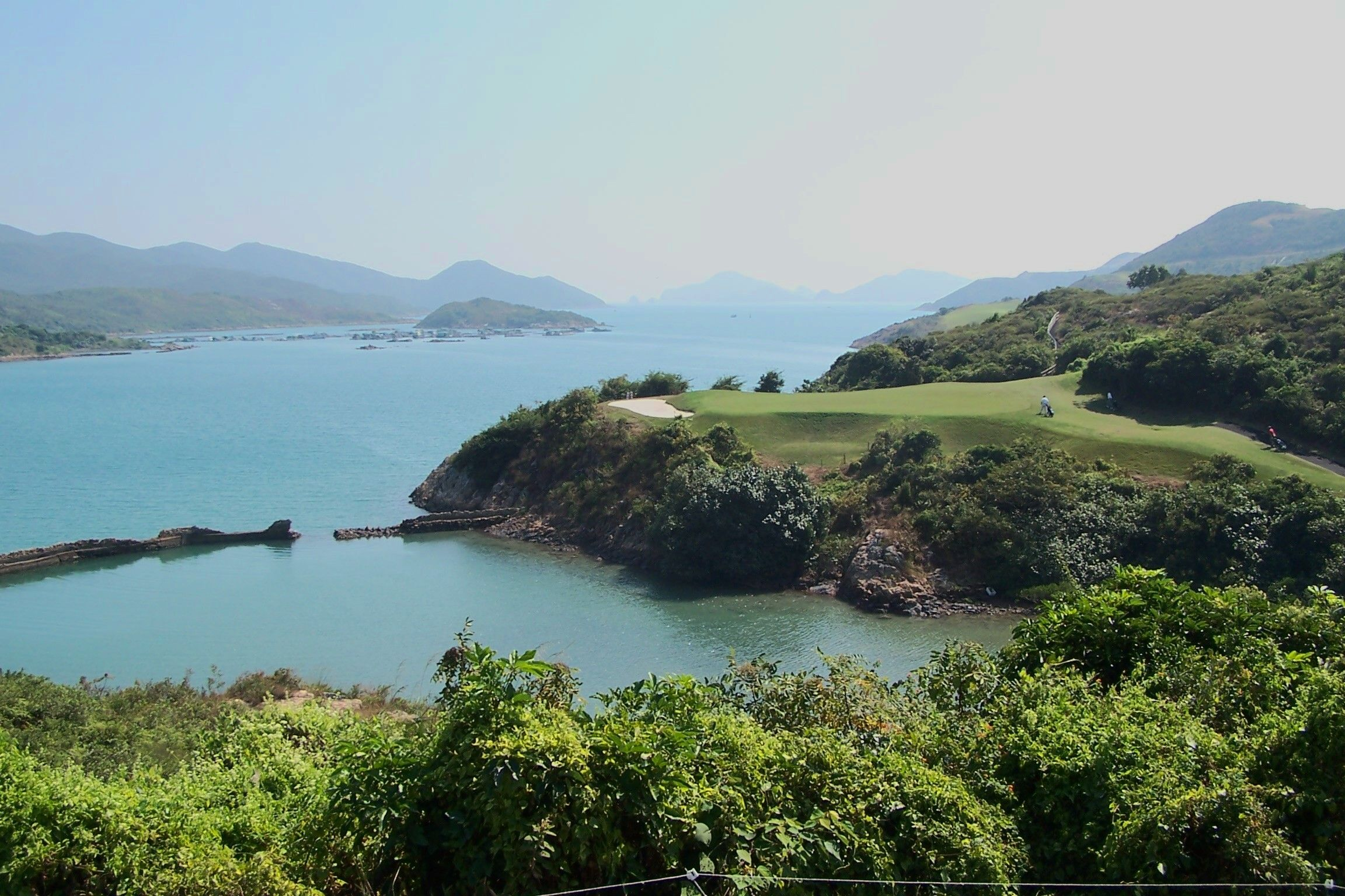 There Are Several Outstanding And Beautiful Golf Courses In Hongkong This Was Taken At The Wonderful Kau Sai Chau Course Hong Kong Outdoor Golf Courses