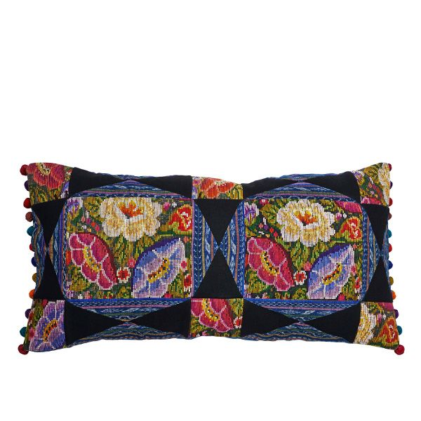 MARYSAL Pillow Pompones 4 #interior #deco #pillow