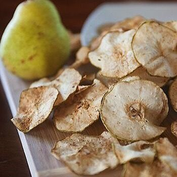 Healthy snacks! Pear chips and cinnamon! #fit #fitfam #fitness #fitspo #fitnessaddict #active #bossbabe #cardio #diet #exercise #getfit #healthy #inspiration #instagood #instadaily #instamood #instafit #igaddict #like4like #likeforlike #lifestyle #lift #motivation #nike #run #running #strong #training #weightloss #workout