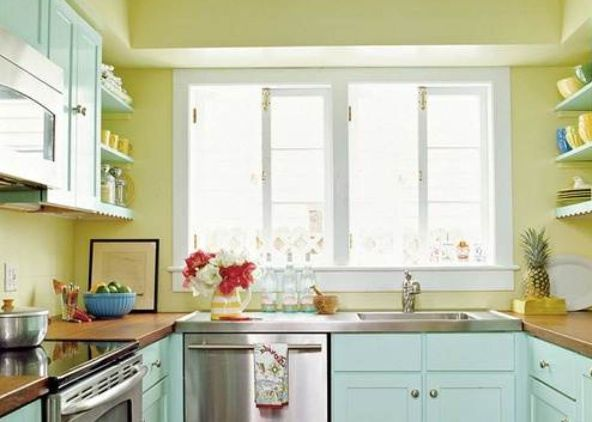 10 Beautiful Kitchens With Yellow Walls Kitchen Design Small Small Kitchen Colors Small Apartment Kitchen