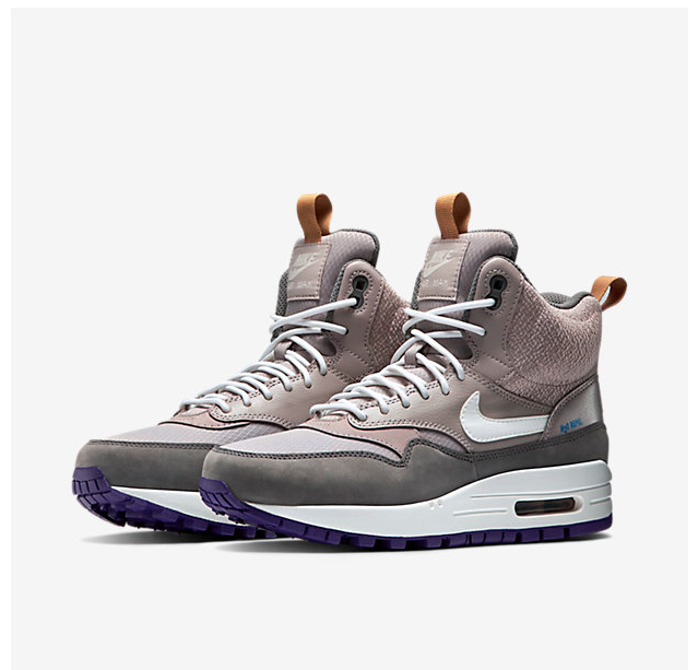 Nike   Max Boot
