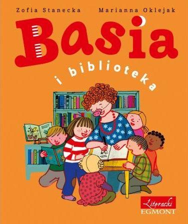 Pani Marta zabiera grupę Basi do biblioteki na warsztaty artystyczne z autorką książek. Basia skacze z radości. Bo biblioteka to naprawdę fantastyczne miejsce! Przygody Basi pomagają dziecku zrozumieć świat, swym humorem rozśmieszają dzieci i dorosłych. Rok wydania: 2017. ISBN: 9788328121980. EAN: 9