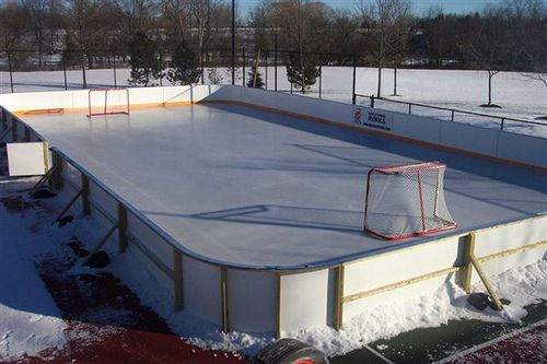 This Vinyl Material Makes Great Backyard Hockey Rink Liners