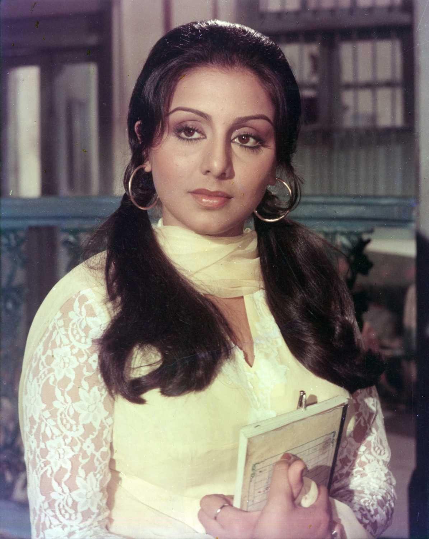 Retro Bollywood : Photo | Indian bollywood actress, Bollywood ...