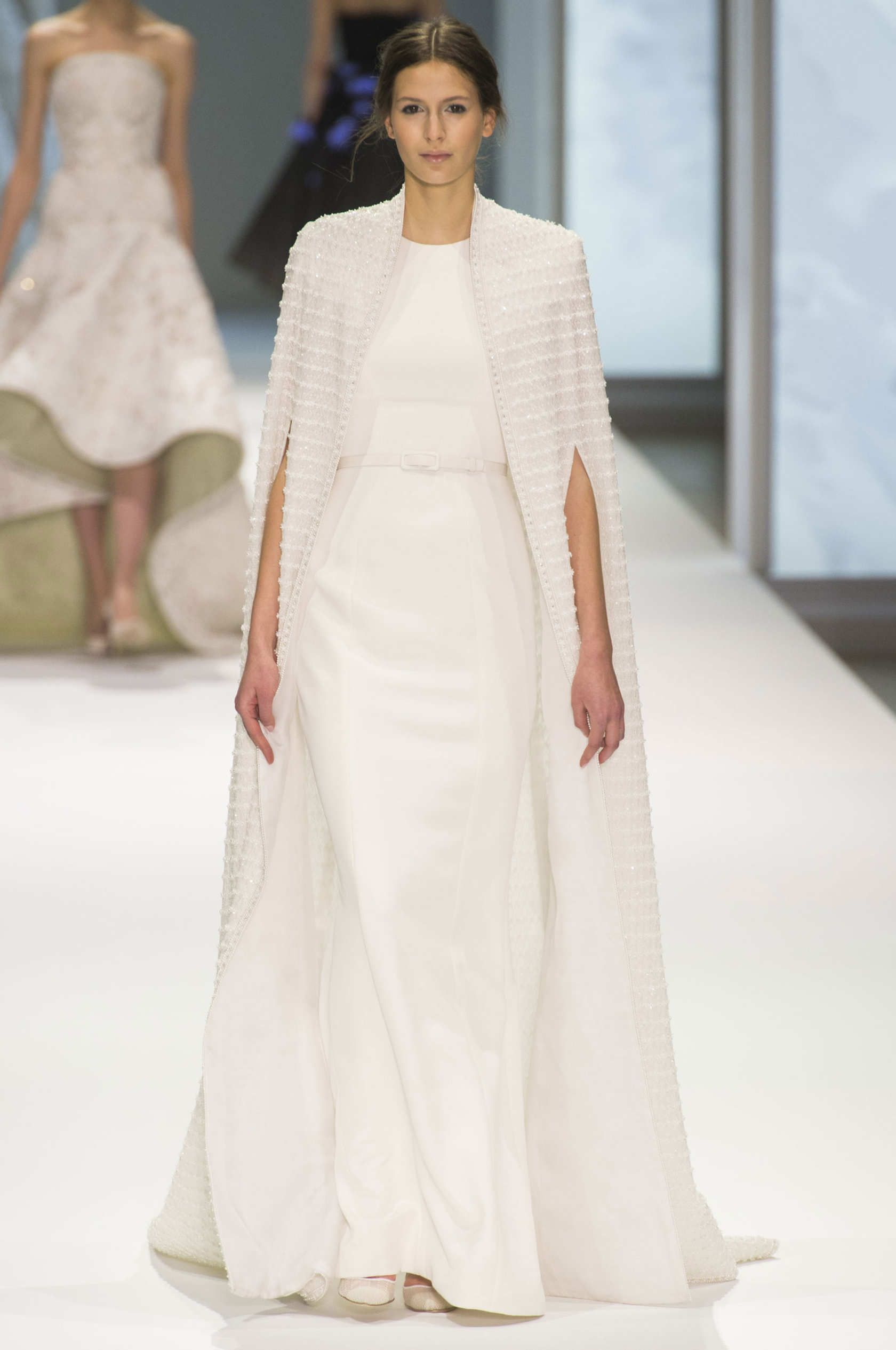 Ralph another great wedding cape #fashion #runway