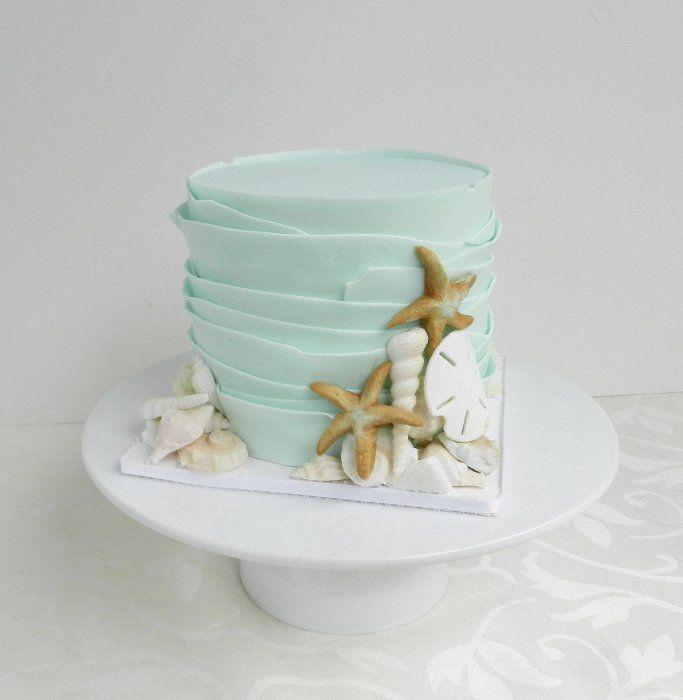 Simple Beach Wedding Ideas: Small, Simple, Perfect For Small Beach Wedding. Rustic
