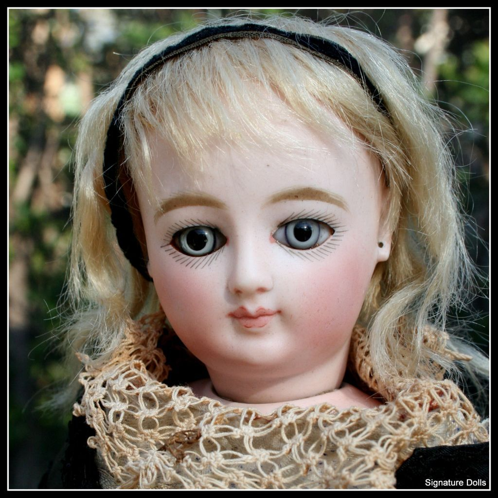 """Antique 16"""" Early Portrait-Type French Fashion Doll ~ Rare Face"""