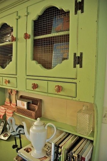 10 Craft Projects Using Hardware Cloth Rustic Home Offices Shabby Chic Kitchen Cabinets Vintage Cupboard