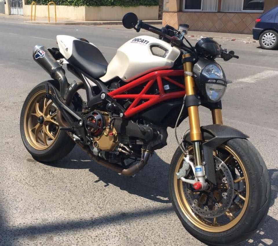 Monster 1100s Monsters Pinterest Motorcycle Mv Agusta And Ducati