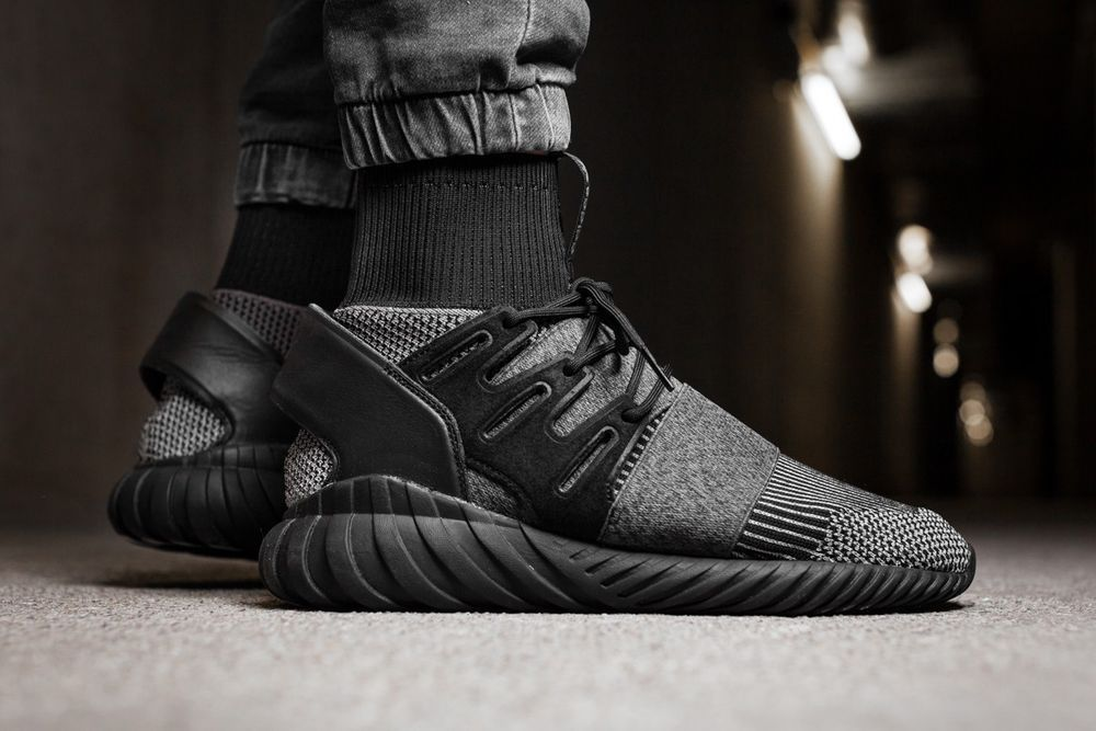 ADIDAS TUBULAR DOOM PK BY3131 CORE BLACK SNEAKERS IN ALL
