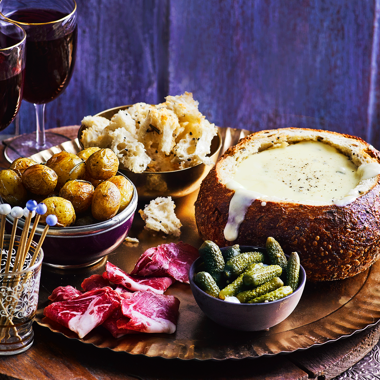 Fondue Bread Bowl #fondue